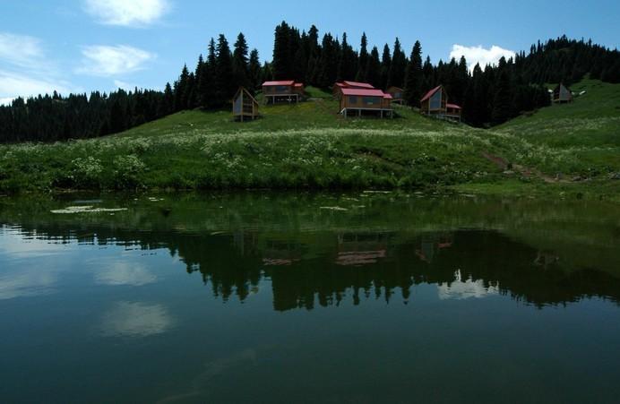 在一个公园已经是奢侈的今天,雅山万亩生态公园,宝山公园两大公园