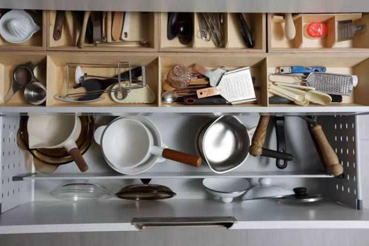 幼儿园纸盒手工制作厨房锅和锅盖