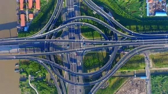 经通州区,港闸区,崇川区至 终点南通经济技术开发区振兴路, 一期工程
