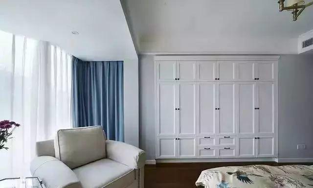嵌入式衣柜居然这样设计,卧室像多出5㎡!