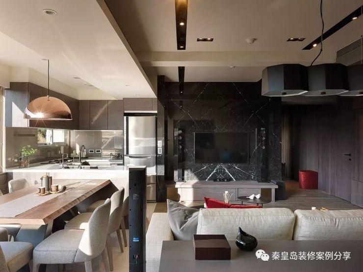 秦皇岛戴河新城123平米三居室台式风格装修案例效果 电视墙像被砸了
