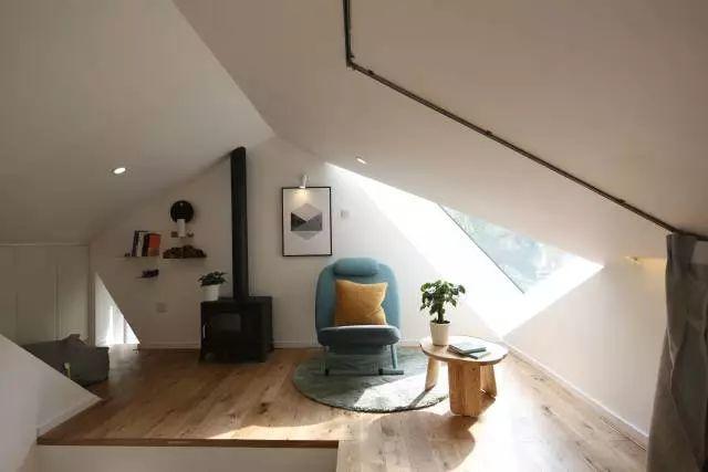 小客厅 复式楼梯设计