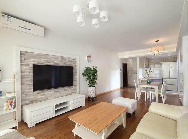 晒晒简单装修的125平新房,厨房格局划分特别好,朋友都
