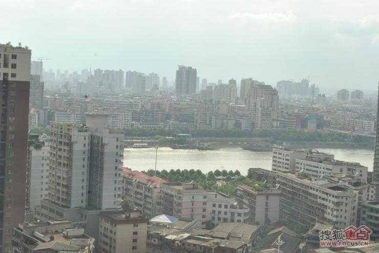 从25层看湘江
