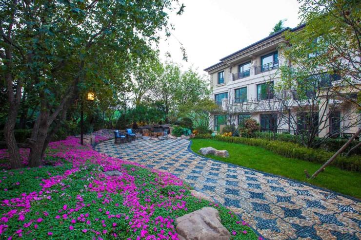 龙湖地产·香醍漫步筑墅有道,于绿意中建生态人居