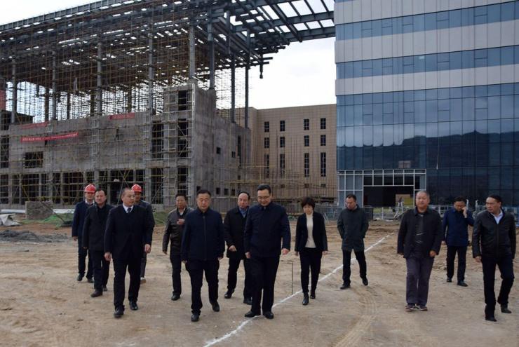 蒋晓强到麦积区调研包抓重大建设项目