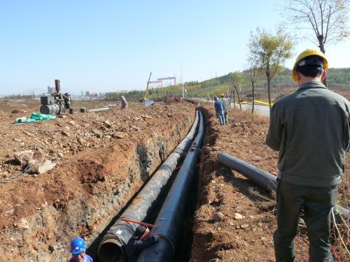 济宁高新区三条高温水管网开工,将贯通三大社区