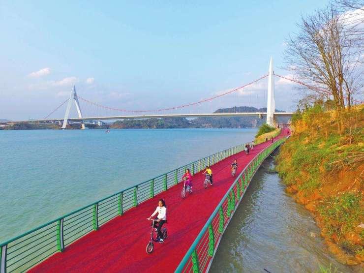 """全长112.6公里 """"环广西""""柳州赛道风景如画"""