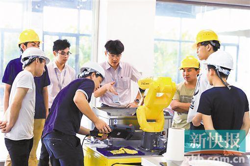 五年投800亿引入万名科研精英 碧桂园将打造机器人产业生态圈