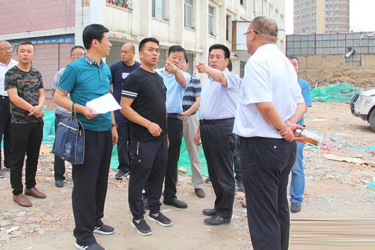刘文玺督查秦州区新华路南延段道路建设项目房屋征收拆迁工作