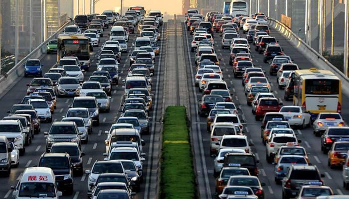 """平均用时约56分钟,北京通勤难已成""""大城市病"""""""