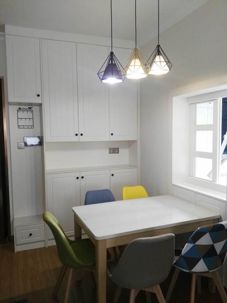 家里没地放鞋柜?把它+定制餐边柜组合设计,既省空间又实用!