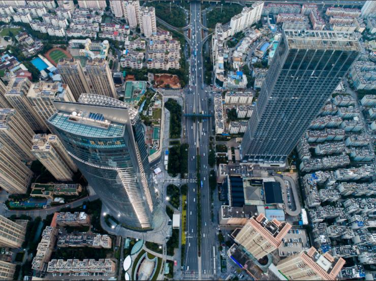 同德昆明广场悦中心 昆明239米垂直生活圈