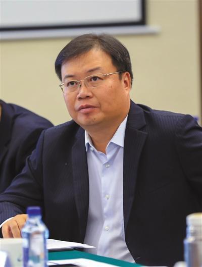 连发安全事故 碧桂园总裁鞠躬道歉