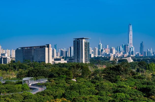 深圳开年土地首拍:华侨城23.34亿底价获商业用地 将建300米高地标项目