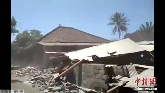 印尼西龙目岛地震灾区因疟疾进入紧急状态