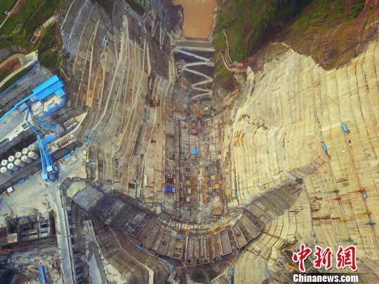 """探访金沙江两大在建水电工程:""""智造""""大国重器"""