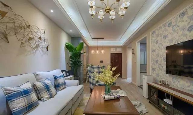 70㎡现代美式三房装修案例展示  镜面柜背景墙颜值高