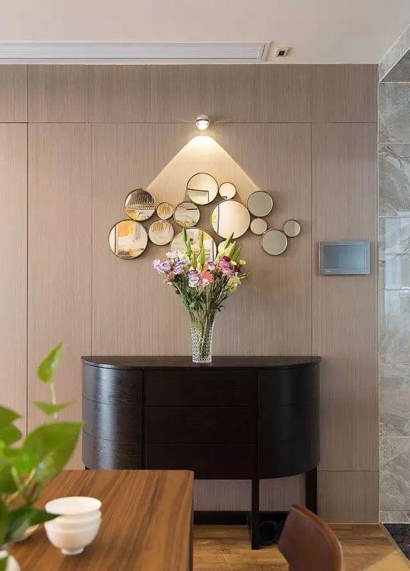 外滩府125平现代简约三居 独立餐厅营造小资情调